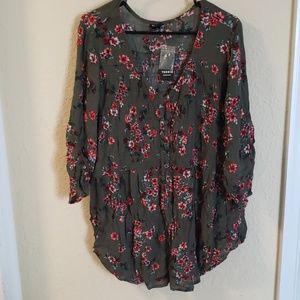 Torrid Olive smocked 3/4 length sleeve blouse sz 3
